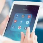 social_tablet_firestock21012015-700x393